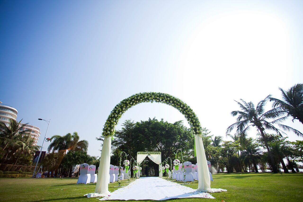 Ceremonia zaślubin w plenerze